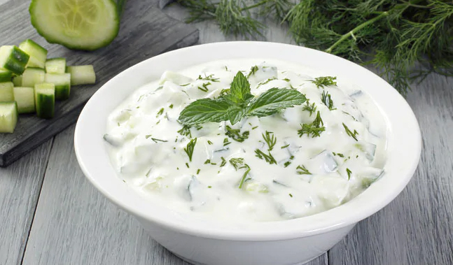 Raita For Weight Loss: 3 Healthy Raitas That May Help You Lose Weight