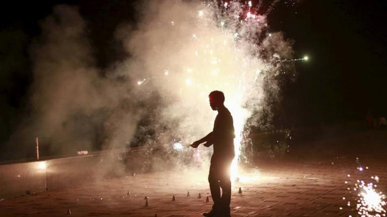 No blanket ban on firecrackers, can burst green crackers from 8-10 pm on Diwali: Supreme Court