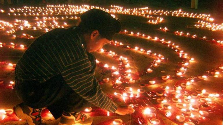 When is Diwali 2018? Why is it celebrated?