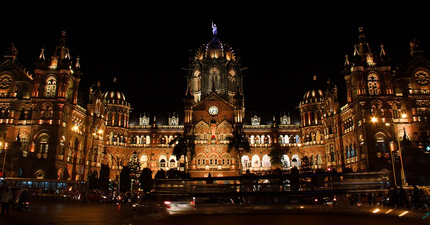 The History Of Chhatrapati Shivaji Terminus (CST) In 1 Minute