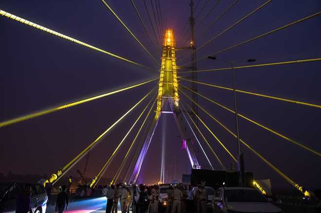 Delhi's Signature Bridge, twice the size of Qutub Minar, opens for public today