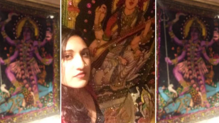 Indian woman slams US pub for Hindu gods on toilet walls. This is the response she got