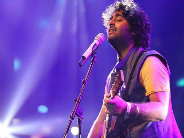 Every Arijit Singh fan will be shocked to know what he actually feels when he listens to his own songs