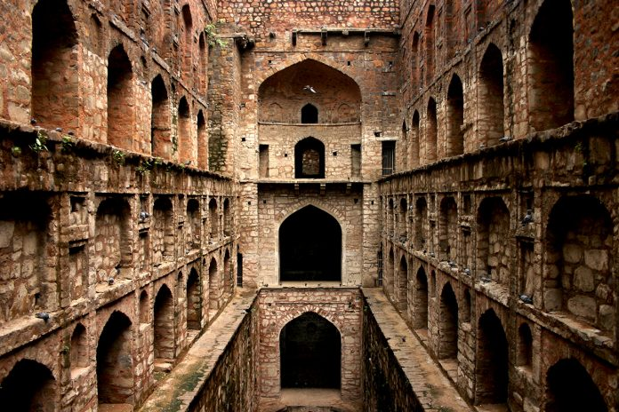 10 Must-Visit Offbeat Destinations in Delhi – (Infographic)