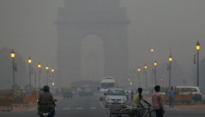 Delhiites wake up to foggy Monday morning,