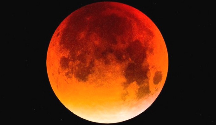 Super Blood Moon to Be Sighted on January 20-21, the Last Total Lunar Eclipse Till 2021