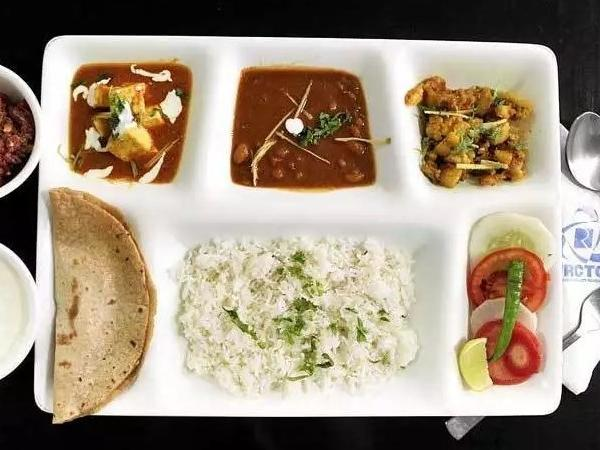 IRCTC's new initiative! Free food for train passengers at Indian Railways stations, if refused bill