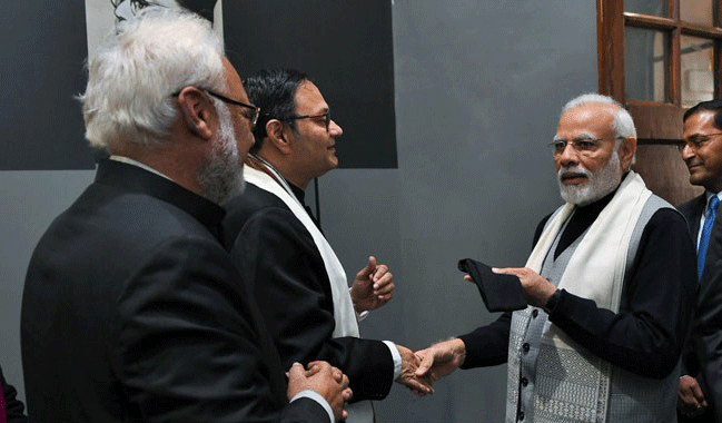 Bose Family Presents PM Narendra Modi With A Cap Once Worn By Netaji. His Response