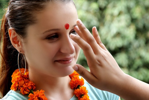 Which Finger Can Be Used To Put Tilak?