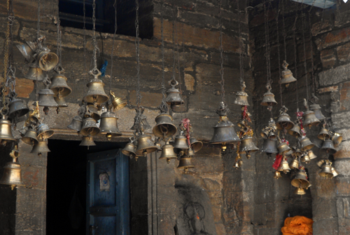 Amazing reason – Why Hindu temples have bells!