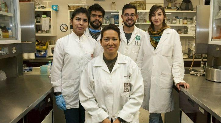 After 20 Years, This Mexican Doctor Found 100% Cure For Cervical Cancer & Human Papillomavirus