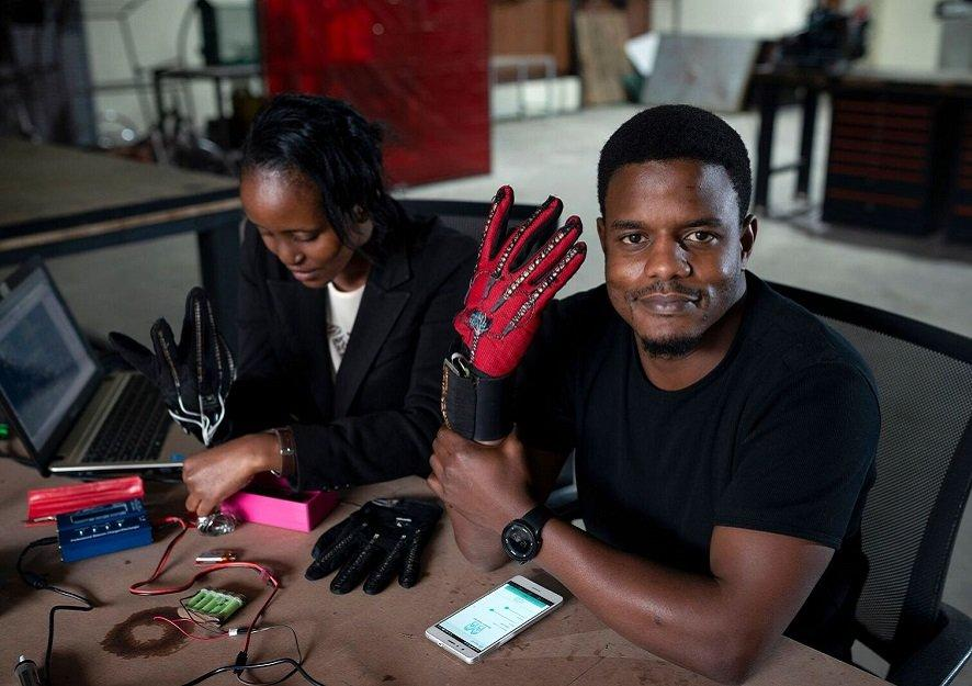 KENYAN ENGINEER CREATES GLOVES THAT TURN SIGN LANGUAGE INTO AUDIBLE SPEECH