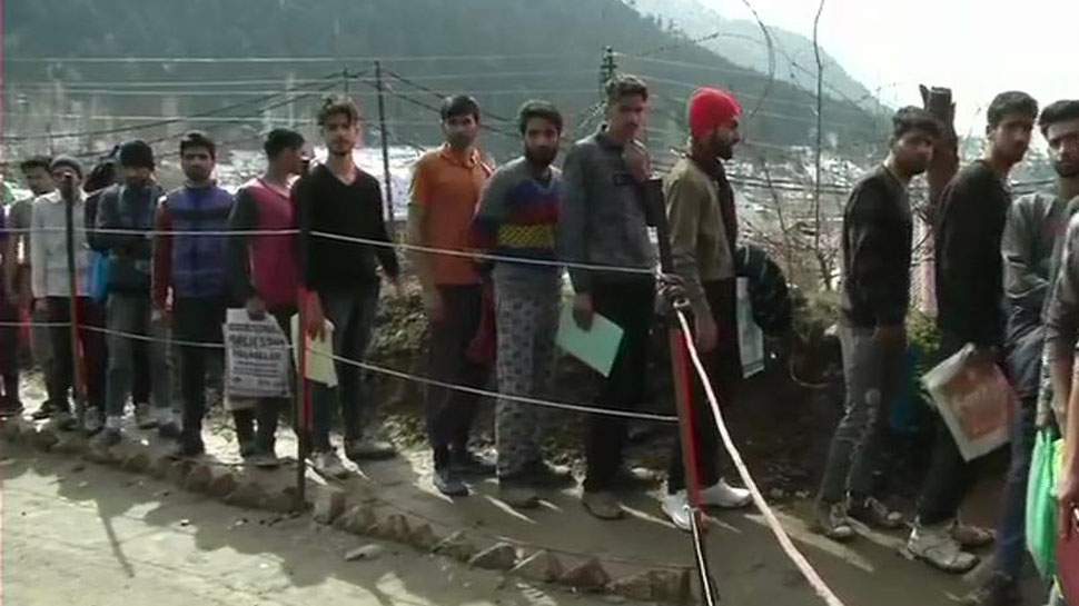 2500 Kashmiri youth brave snow, rain to participate in Indian Army