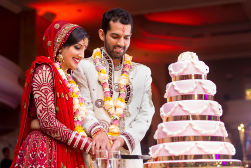 Indian Wedding Reception – The Bride Introduction Ceremony!