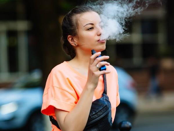Vaping is equally dangerous as smoking; will cause lung cancer, heart attacks