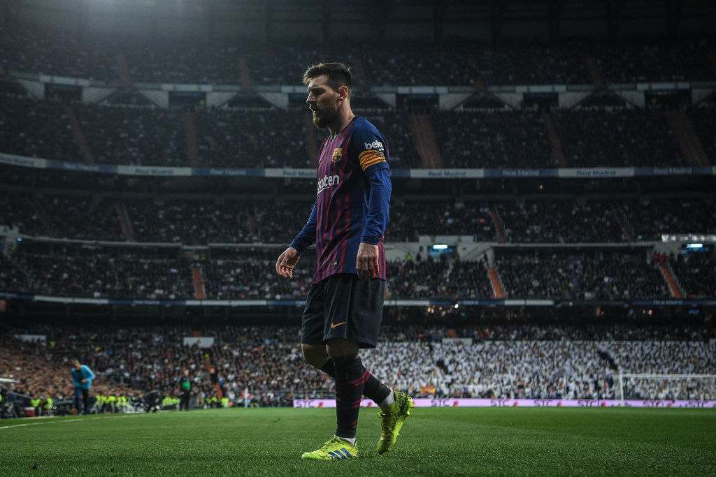 'Genius' Lionel Messi is like 'the Matrix', says Luis Enrique