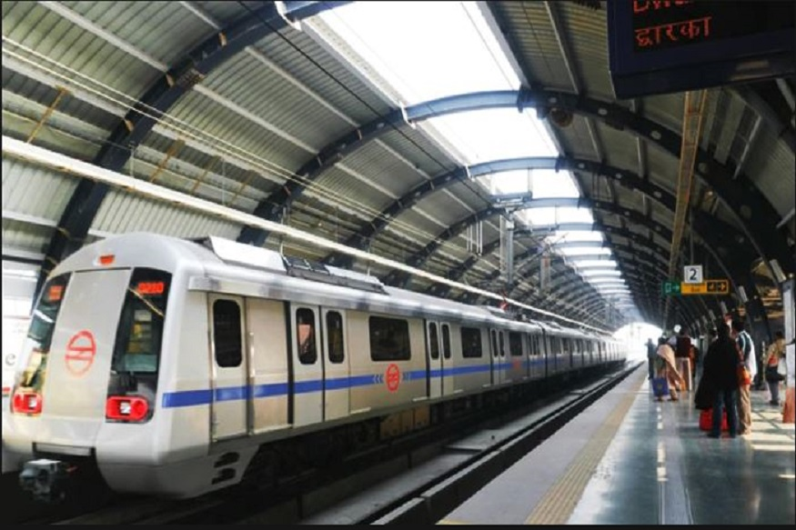 Delhi Woman Jumps on Metro Track to Fetch Rs 2,000 Note, Comes Under Train