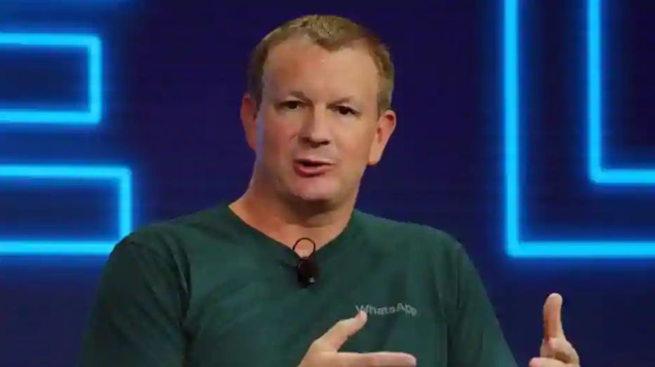 WhatsApp co-founder Brian Acton wants everyone to delete Facebook