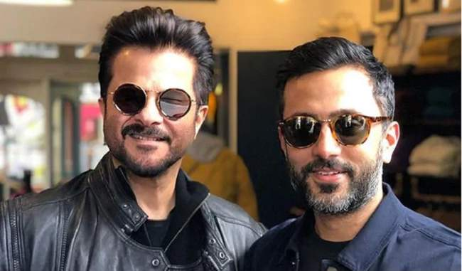 The Kapoors Are Going Crazy Over This Pic Of Anil Kapoor And Anand Ahuja
