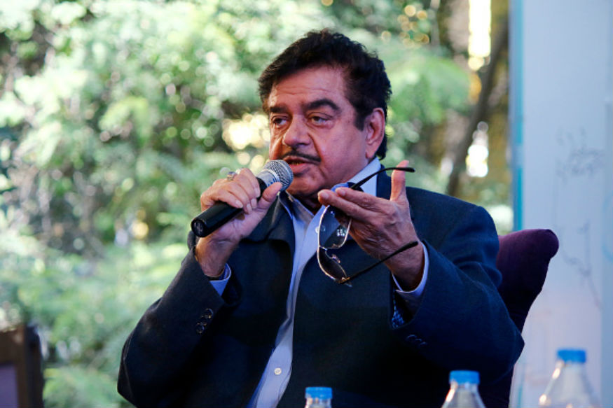 Shatrughan Sinha May Contest Polls on Congress Ticket, Preps For BJP Exit With Swipe at Modi