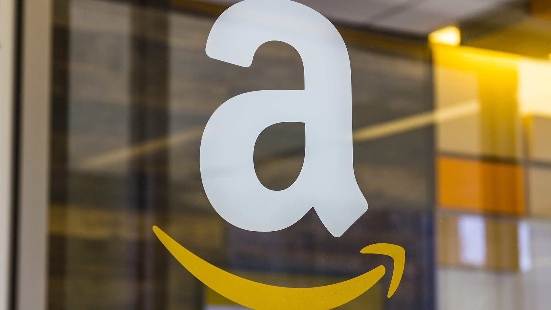 Amazon to introduce mobile ads, in a threat to Google, FB