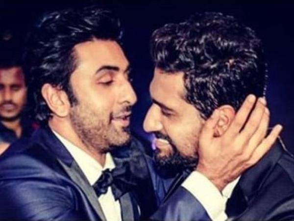 Vicky Kaushal gives a 'Ghappa Ghaap' kiss to Ranbir Kapoor on winning best actor for Sanju – viral video