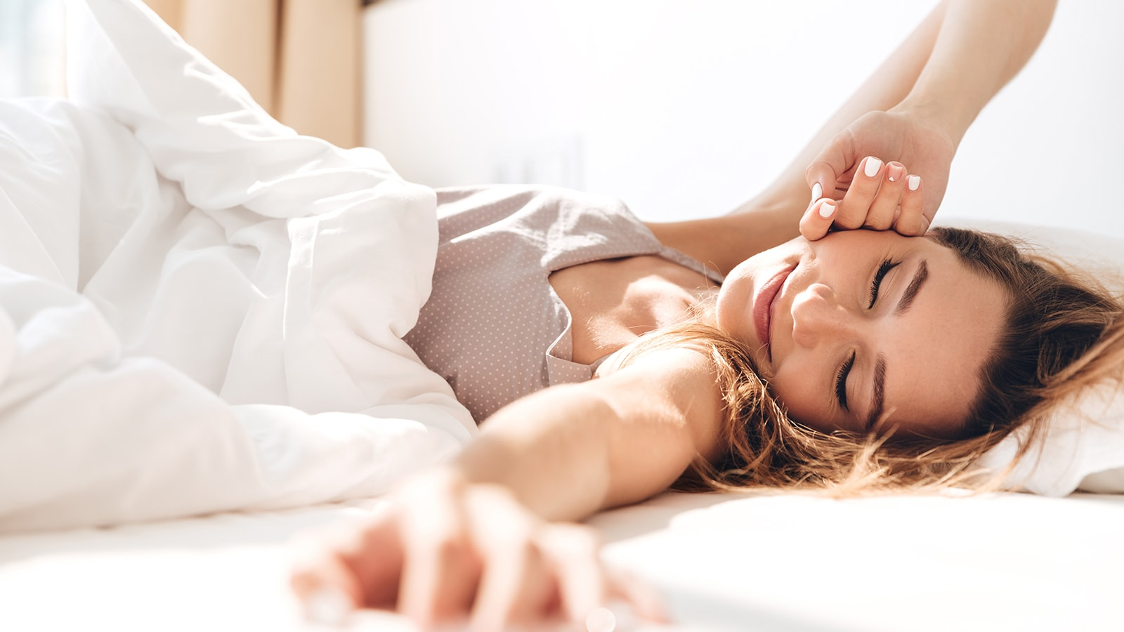 Scientists Explain 8 Things That Help You Wake Up Happy Every Morning