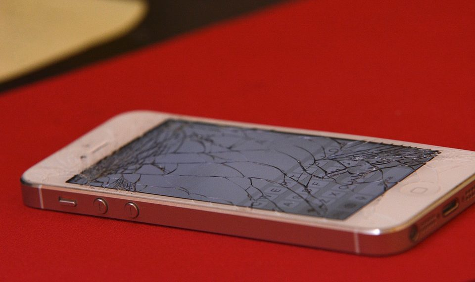 Smartphones could soon become shatterproof
