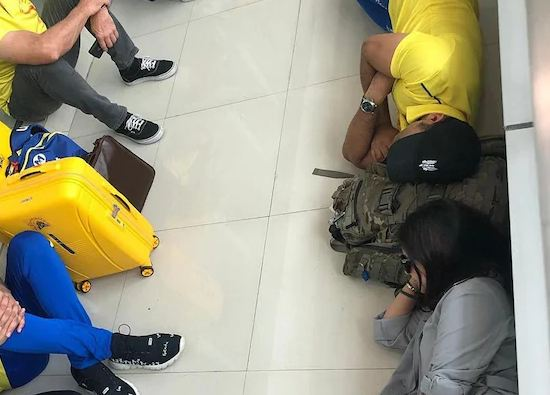 MS Dhoni, Sakshi Napping On Airport Floor Are The Epitome Of Couple Goals