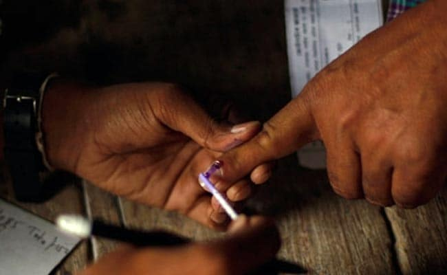 "BSP Supporter Chops Off Finger After Voting For BJP By ""Mistake"""