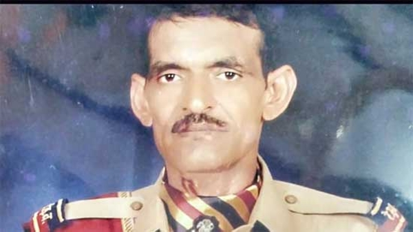 RPF constable saves couple, children on rail tracks in Delhi, gets killed by approaching train