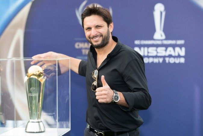 Shahid Afridi finally reveals his real age