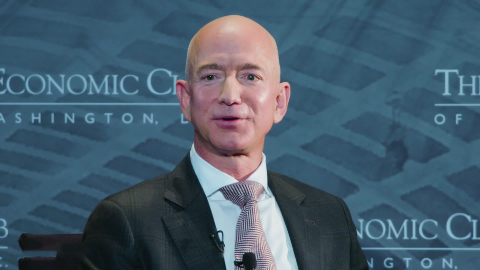 An Immigrant with little English and big American dream: Amazon CEO Jeff Bezos shares father