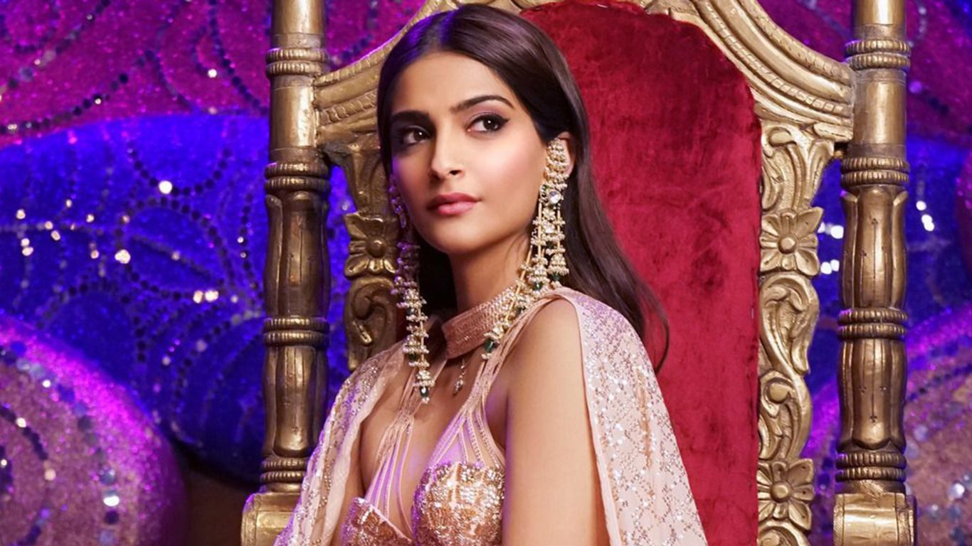 How to get Sonam Kapoor Ahuja's sultry 'Veere Di Wedding' sangeet look