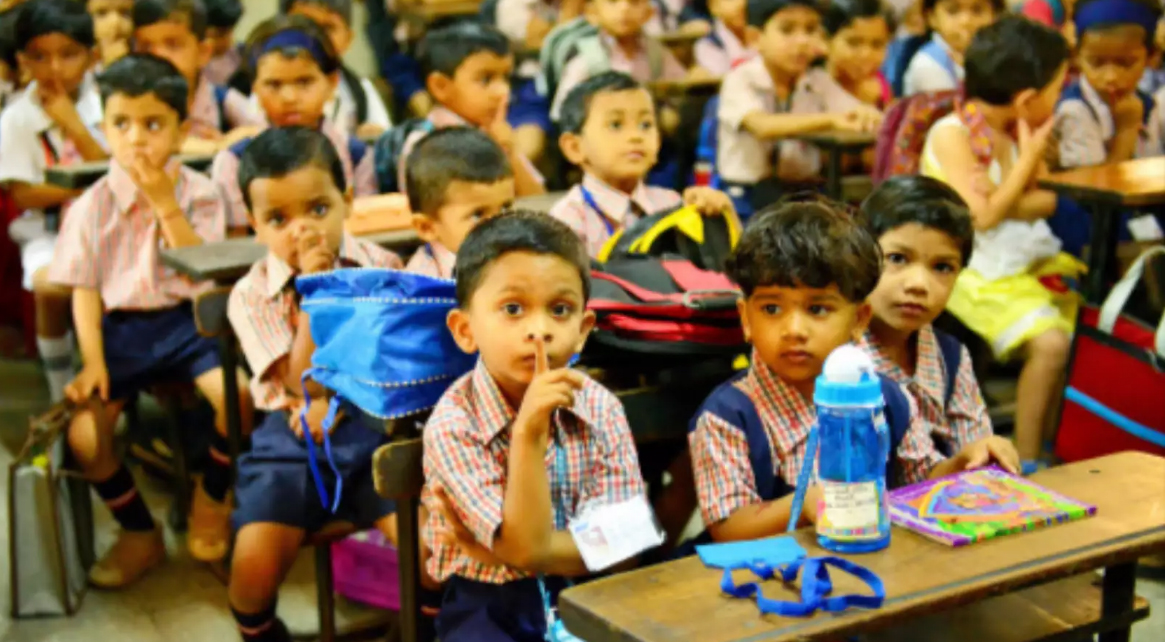 After backlash, education policy panel drops Hindi as must language