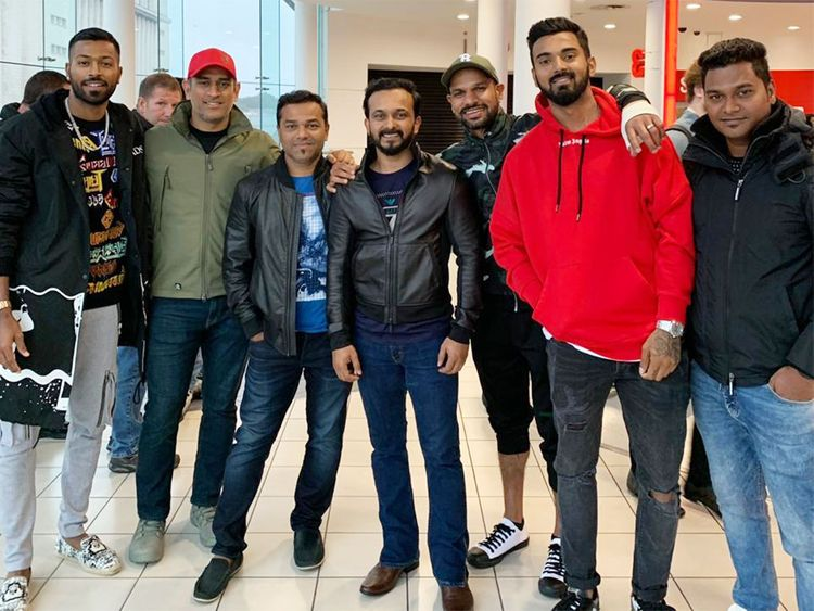 Indian cricket team watches Bharat. Salman Khan thanks them and says poora Bharat aapke saath hai