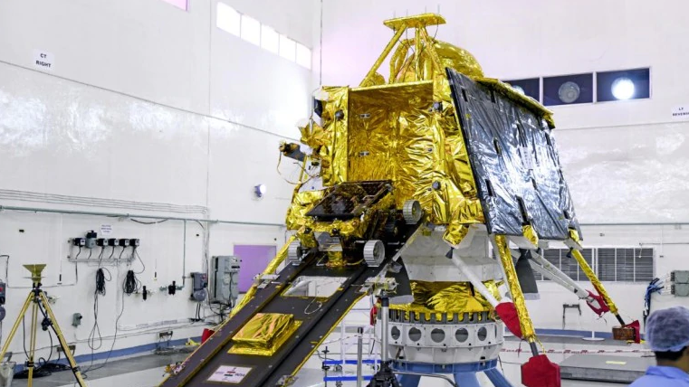 Before Chandrayaan 2: ISRO asks Indians what will you take to the moon. See the best answers