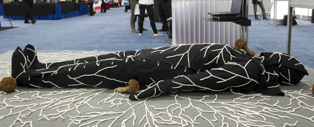 This Mushroom Death Suit Turns Your Dead Body Into Clean Compost