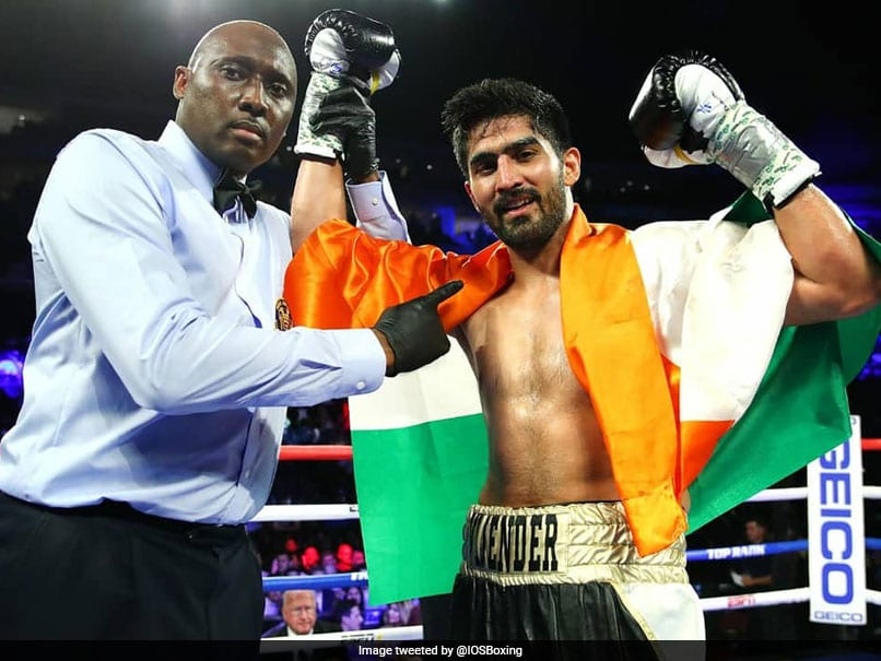 Boxer Vijender Singh wins 11th consecutive pro bout