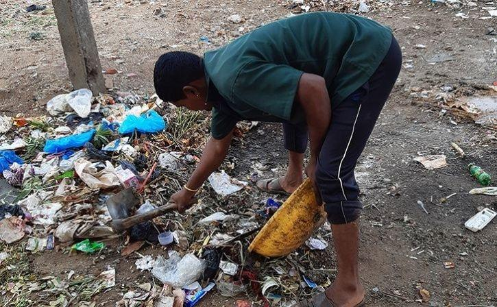 Bring Plastic Waste And Eat Full Meal At India