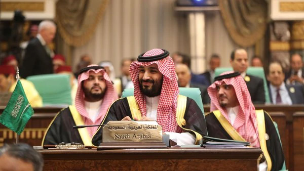 Saudi Arabia to ban foreigners from slew of hospitality jobs
