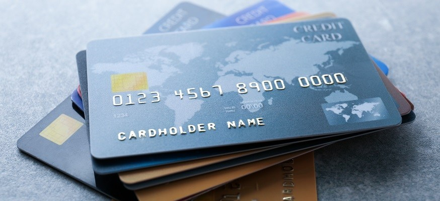 Why pay a fee when there are zero-fee credit cards