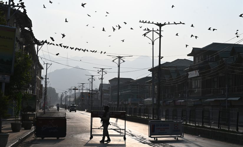Kashmir after Article 370: Cut off from the rest of India and the world, residents say