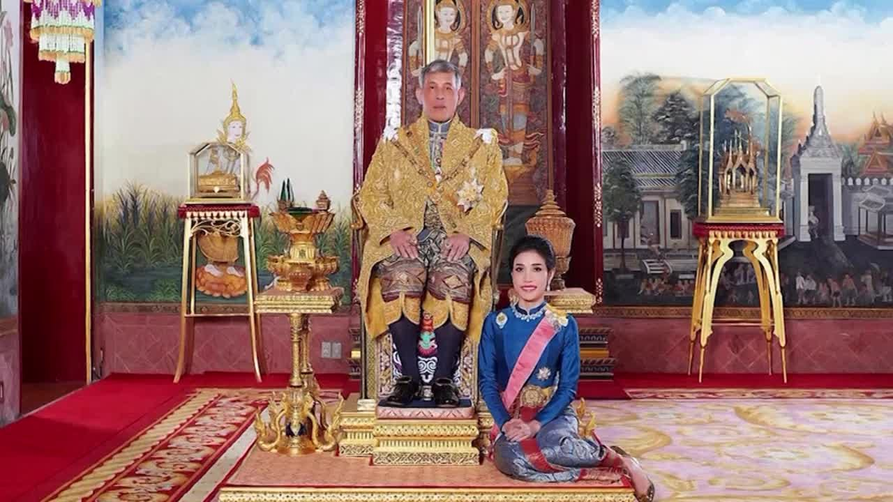 Thai Palace Releases Rare Images Of King