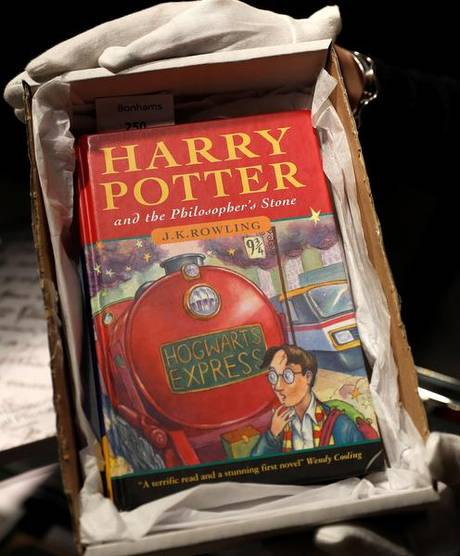 On exorcists' advice, priest bans Harry Potter books in school