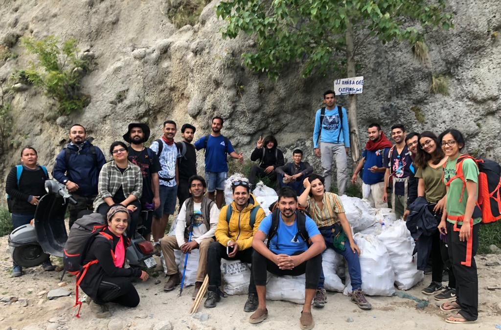Meet the Man Who Has Cleared Almost 4,00,000 Kgs of Waste from the Himalayas!