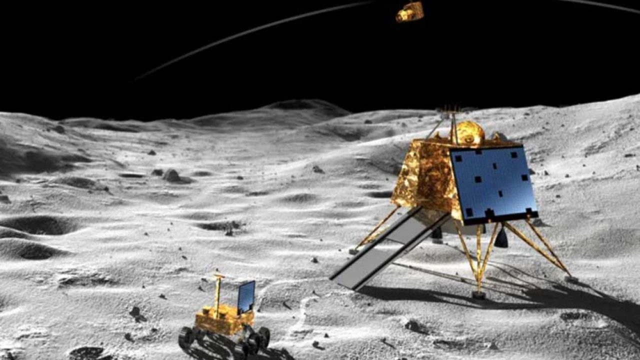 Chandrayaan-2: How a somersault did Vikram lander in | India Today Exclusive