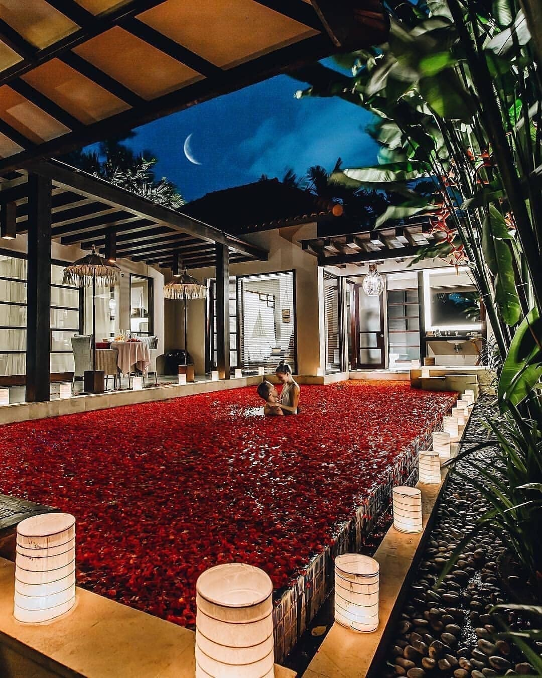10 Of The Prettiest Honeymoon Hotels We Found On Instagram! *Including An Indian One!