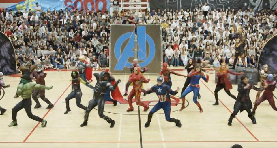 Avengers Endgame: High school kids recreate climax fight scene, Mark Ruffalo calls it 'mind blowing'. Watch