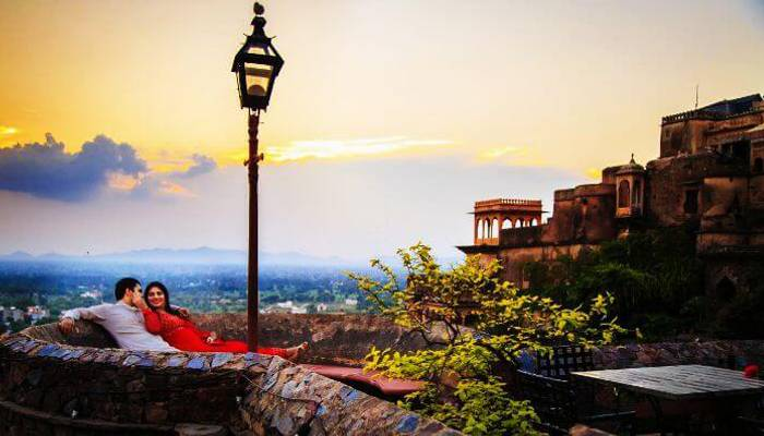 32 Best Romantic Places In Delhi And Its Vicinity That All Couples Must-Visit In 2019!